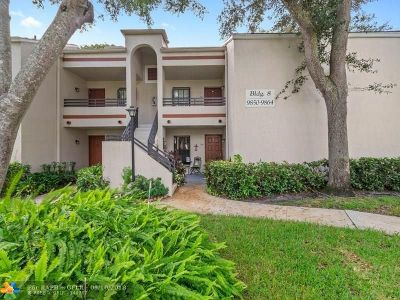 Plantation Condo/Townhouse For Sale: 9854 NW 3rd Ct #9854