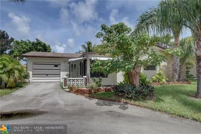 Deerfield Beach Single Family Home For Sale: 2518 SW Natura Blvd