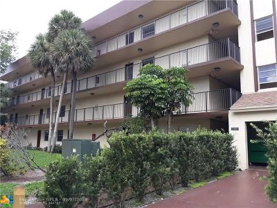 Lauderdale Lakes Condo/Townhouse For Sale: 3141 NW 47th Ter #323