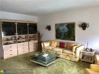Deerfield Beach Condo/Townhouse For Sale: 483 Tilford V #483