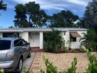 Oakland Park Single Family Home For Sale: 5264 NW 1st Ave