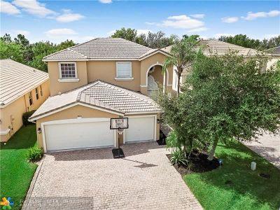 Lake Worth Single Family Home For Sale: 7405 Via Luria