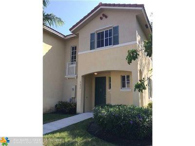 North Lauderdale Condo/Townhouse For Sale: 6056 SW 19th Pl #6056
