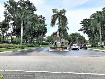 Tamarac Condo/Townhouse Backup Contract-Call LA: 9599 Weldon Cir #A 110