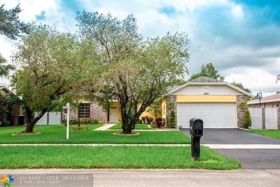 Davie Single Family Home For Sale: 1301 SW 127th Ter
