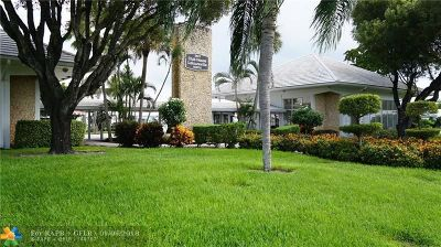 Pompano Beach Condo/Townhouse Backup Contract-Call LA: 2850 W Golf Blvd #110