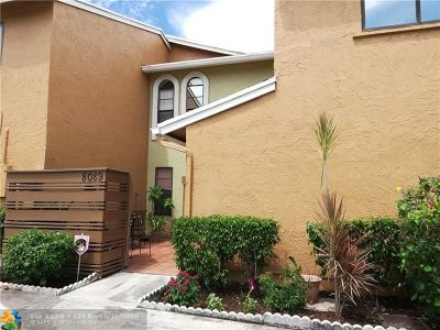 Tamarac Condo/Townhouse For Sale: 8089 NW 71st Ct #8089