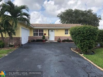 Coral Springs Single Family Home For Sale: 7601 NW 40th St