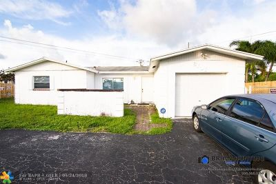North Lauderdale Single Family Home For Sale: 8101 SW 3rd St