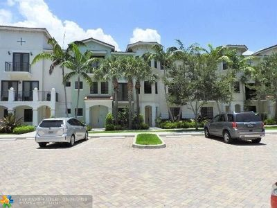 Boca Raton Condo/Townhouse For Sale: 4866 NW 16th Ave #4866