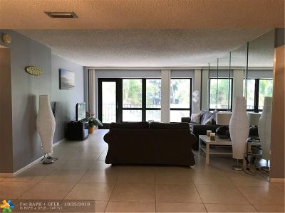 Lauderdale By The Sea Condo/Townhouse For Sale: 5000 N Ocean Blvd #205