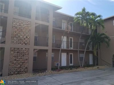 Pompano Beach Condo/Townhouse For Sale: 1021 NE 24th Ave #1