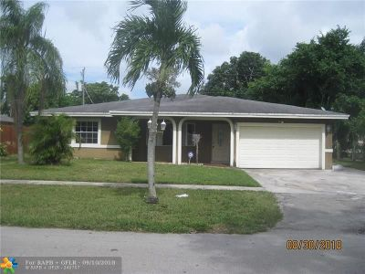 Broward County Single Family Home For Sale: 1210 NW 51 Ave
