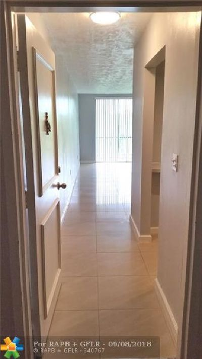 Plantation Condo/Townhouse For Sale: 7100 NW 17th St #307