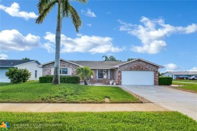 Deerfield Beach Single Family Home For Sale: 1194 SW 26th Ter