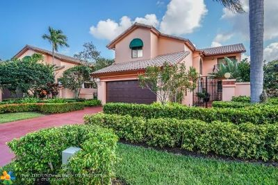Boca Raton Single Family Home For Sale: 6532 Via Rosa