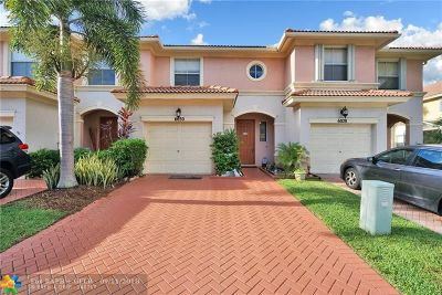 Palm Beach Gardens Condo/Townhouse For Sale: 6030 Seminole Gardens Cir #6030