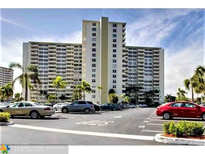 Fort Lauderdale Condo/Townhouse For Sale: 3200 NE 36th St #1517