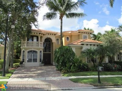 Delray Beach Single Family Home For Sale: 8048 Valhalla Dr