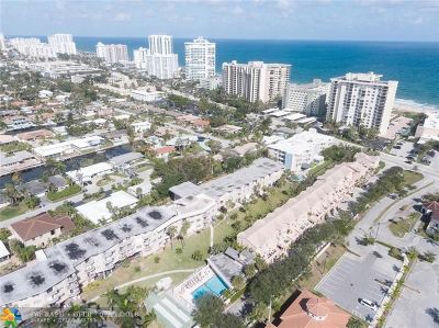 Lauderdale By The Sea Condo/Townhouse For Sale: 1967 S Ocean Blvd #326D