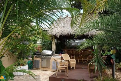 Deerfield Beach Single Family Home For Sale: 312 NW 38th Way
