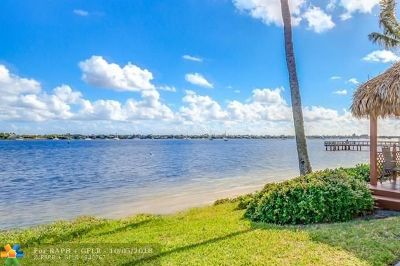 West Palm Beach Single Family Home Backup Contract-Call LA: 5600 N Flagler Dr