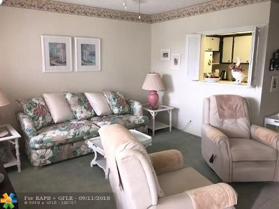 Deerfield Beach Condo/Townhouse For Sale: 166 Prescott H #166