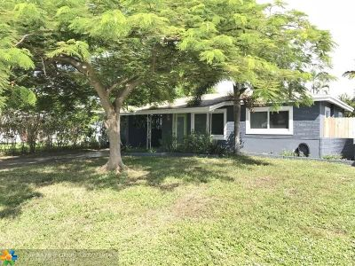 Oakland Park Single Family Home For Sale: 251 NE 43rd St