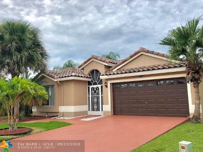 Boca Raton Single Family Home For Sale: 18367 Coral Isles Dr.