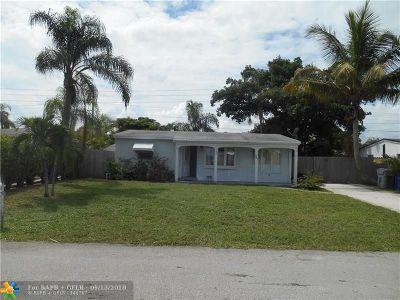 Pompano Beach Single Family Home For Sale: 2681 NE 12th Ter