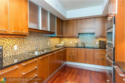 Hollywood Condo/Townhouse For Sale: 3101 S Ocean Dr #401