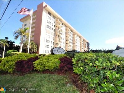 Hillsboro Beach Condo/Townhouse For Sale: 1149 Hillsboro Mile #602