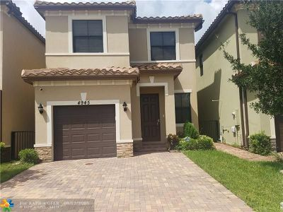 Tamarac Single Family Home For Sale: 4945 NW 59th St