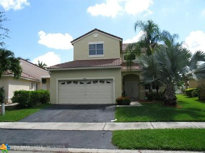 Weston Single Family Home For Sale: 690 Stanton Dr