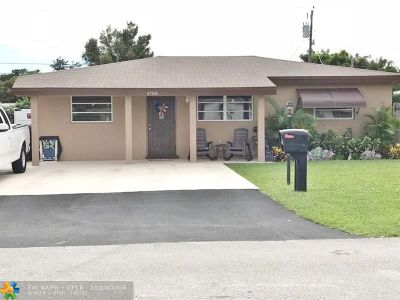 Oakland Park Single Family Home For Sale: 4750 NE 2nd Ave