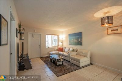 Wilton Manors Condo/Townhouse For Sale: 2643 NE 8th Ave #6