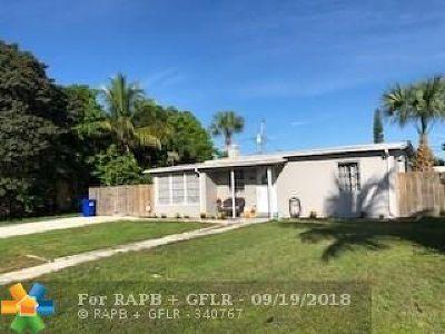 Pompano Beach Single Family Home For Sale: 1757 NE 49th Ct