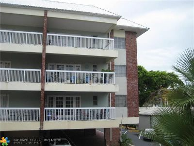 Fort Lauderdale Condo/Townhouse For Sale: 2420 SE 17th St #301C