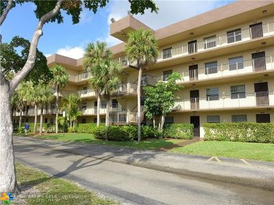 Lauderdale Lakes Condo/Townhouse For Sale: 3141 NW 47th Ter #221