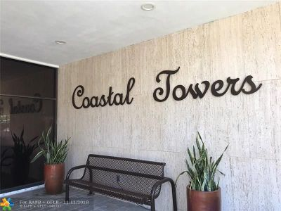 Sunny Isles Beach Condo/Townhouse For Sale: 400 Kings Point Dr #105
