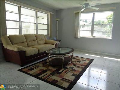 Deerfield Beach Condo/Townhouse For Sale: 281 Farnham L #281