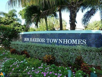 Pompano Beach FL Condo/Townhouse For Sale: $245,000