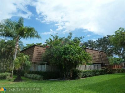 Davie Condo/Townhouse For Sale: 9141 SW 23 St #B