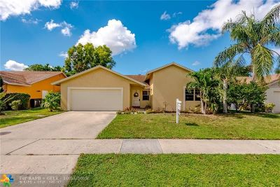 Boca Raton Single Family Home For Sale: 22905 SW 56th Ave