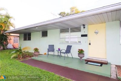 Broward County Condo/Townhouse For Sale: 2702 Pierce #5