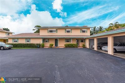 Deerfield Beach Condo/Townhouse For Sale: 1005 SE 10th St #12C