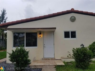 Pompano Beach Multi Family Home For Sale: 3208 SE 6 Street