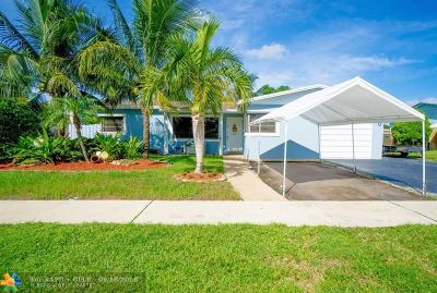 Broward County Single Family Home For Sale: 1600 N 73rd Ave