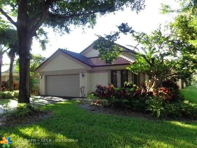 Plantation Single Family Home For Sale: 9384 NW 18th Mnr