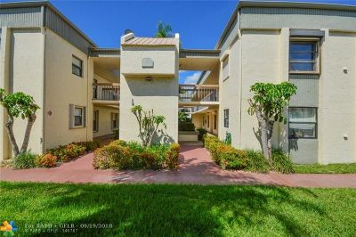 Deerfield Beach Condo/Townhouse For Sale: 265 SE 10th St #5C